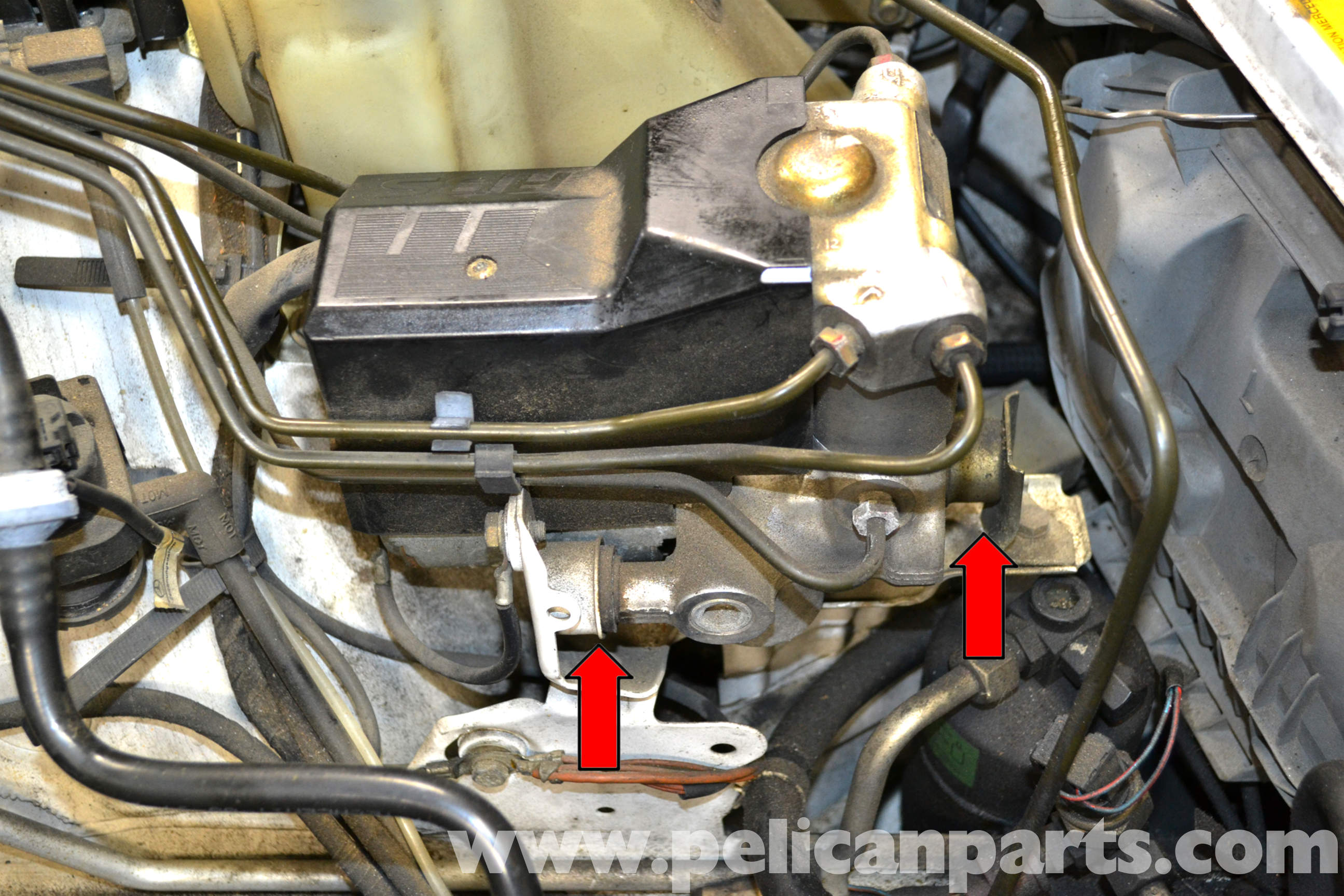Mercedes benz w124 abs relay and pump replacement 1986 for Abs system mercedes benz
