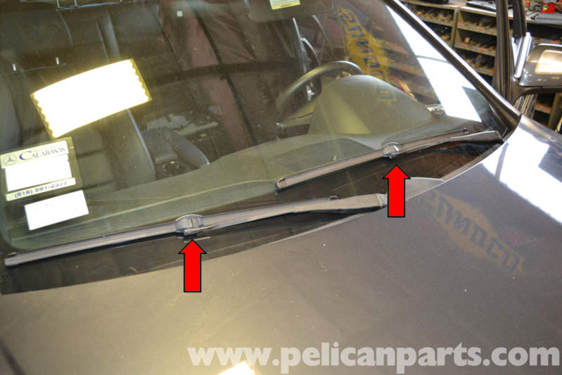 Mercedes benz w204 wiper blade replacement 2008 2014 for Mercedes benz windshield wiper blades