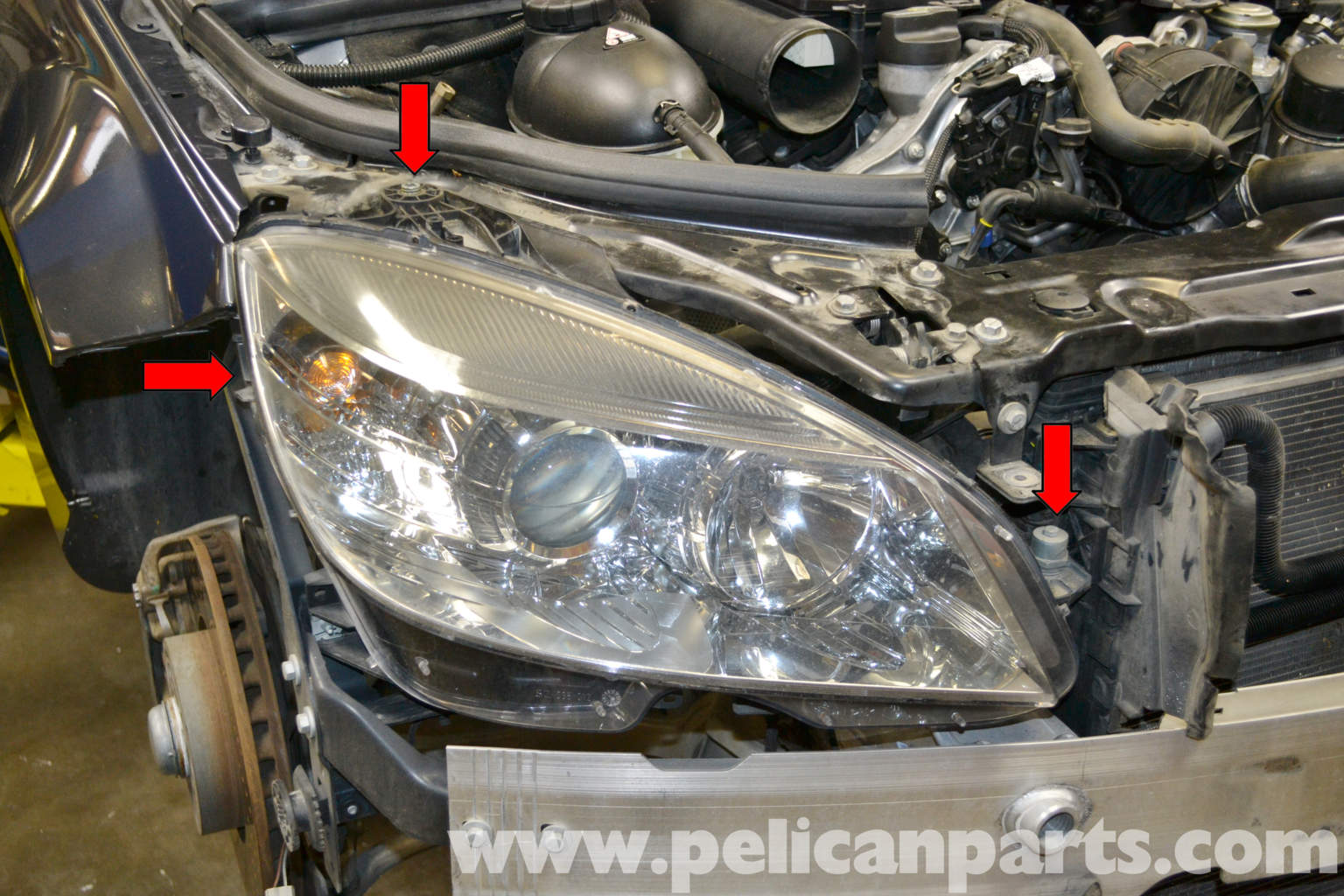 Mercedes benz w204 headlight bulb and assembly replacement for Mercedes benz headlight bulb