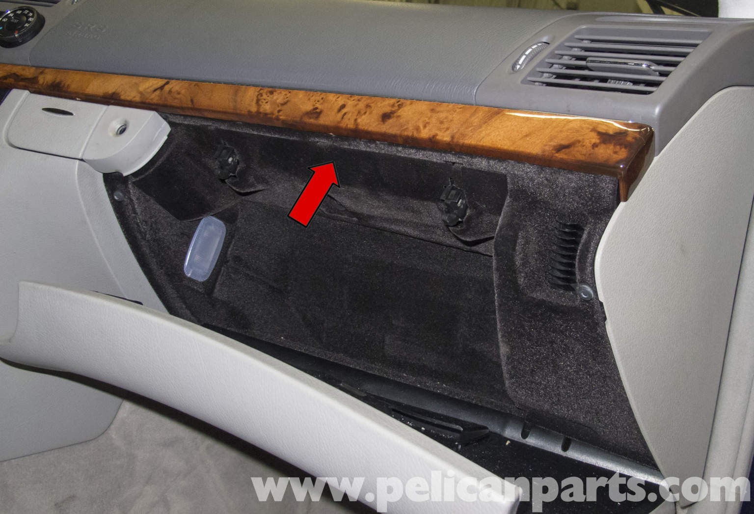 How To Remove Glovebox On A 2008 Bentley Continental Flying Spur Ford F250 Replace Blend
