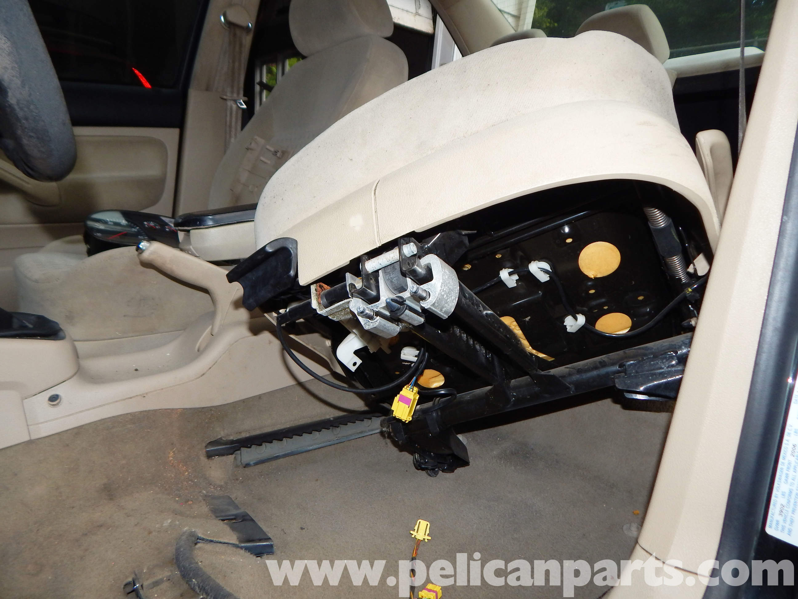 Pelican technical article volkswagen jetta mkiv front seat removal for Vw jetta interior replacement parts