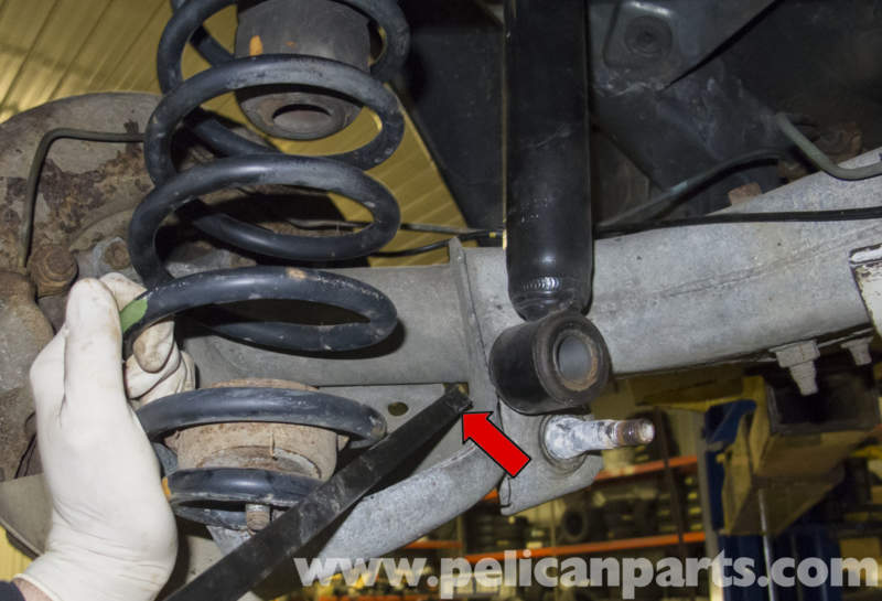 Volvo V70 Rear Coil Spring Replacement 1998 2007 Pelican Parts Diy Maintenance Article