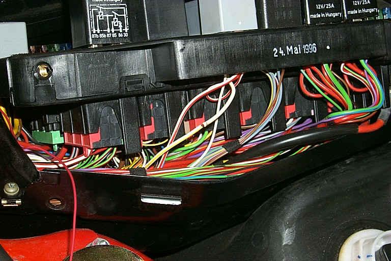 porsche 997 fuse box tapping  porsche  auto wiring diagram